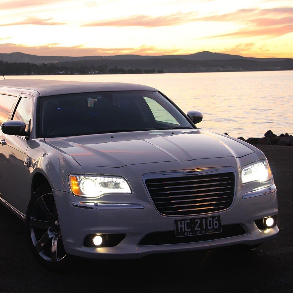 Chrysler 300C Limousines - Arrive First Class